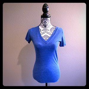PINK VS Blue V-neck T-shirt